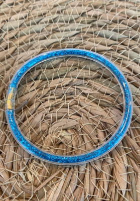Bracelet jonc paillettes plastique bleu clair