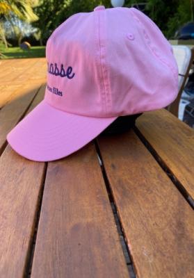 Casquette femme brodée Connasse rose pale